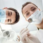 دکتر دندانپزشک